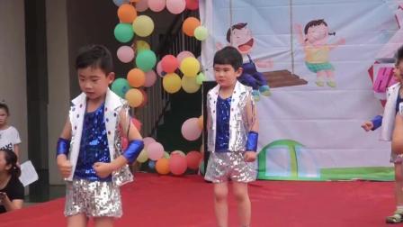 精忠爱心幼儿园庆六一5舞蹈《倍儿爽》