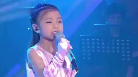 黄家驹最难唱的一首歌, 竟被6岁小女孩唱出原唱的味道, 不得了
