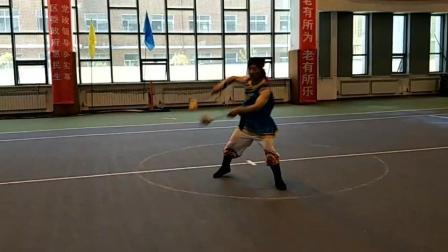 视频制作 萱子;科尔沁区健身球男队王老师展示自编健身球