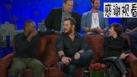 复仇者联盟3全体成员参加美国脱口秀节目, 美国队长被问及个人生活