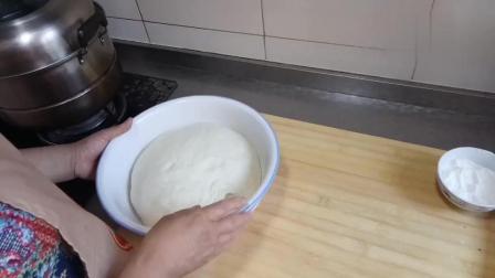 红糖麻酱花卷的家常做法, 香甜松软又好吃, 讲解很详细