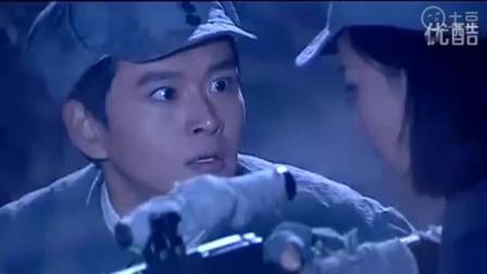 女狙击手去日军基地, 躲草丛里面, 对着日军人头做枪靶