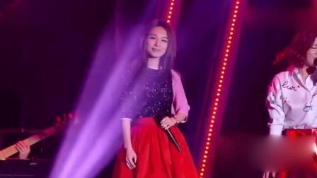 多年后SHE再次唱起这首歌, 田馥甄一开口沦陷了!