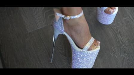 好美! 23cm的超高跟凉鞋穿戴展示, 小个子秒变长腿模特!