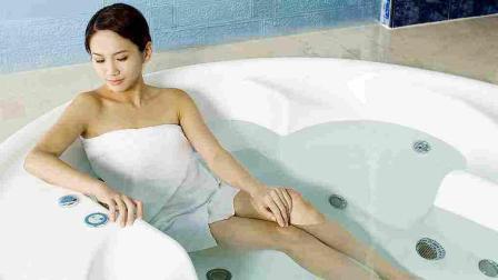 孕妇洗澡要注意, 肚脐这个位置不要洗, 不只是伤害自己!