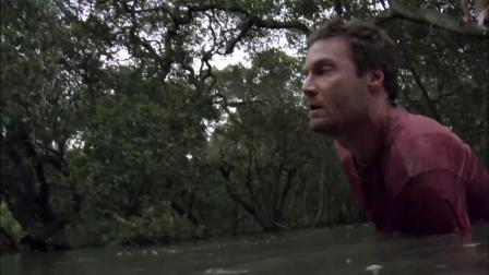 《黑水》  下水寻路突遭吞噬 巨鳄浮出水面