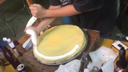 日本街头美食 冰淇淋奶油焦糖可丽饼