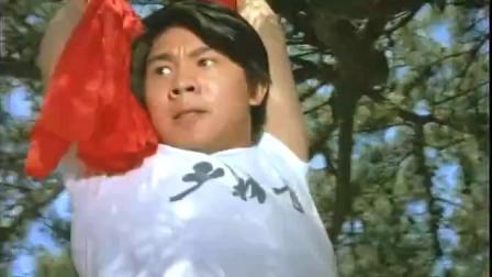 《东方巨龙》  李连杰拳打流星刻苦练习武艺