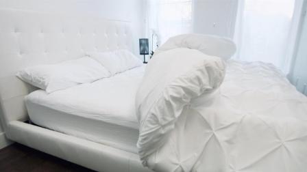 世界上最聪明的被子, 会自动把床铺好, 懒星人的最爱!