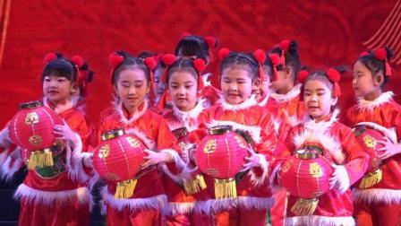 优秀的幼儿舞蹈《开门红》