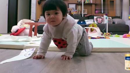 《妈妈是超人》当敲门声响起的那一刻, 波妞和MIUMIU的表情太萌了