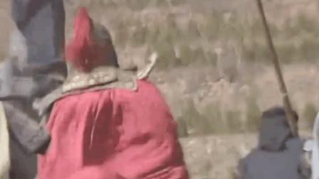 古代将军打仗时背上都系着披风, 原来不是为了耍帅, 而是这种意思