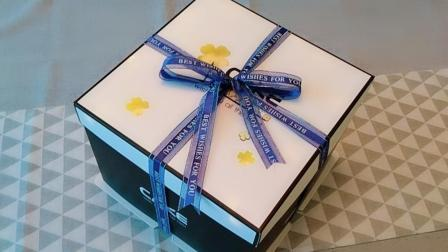 蛋糕盒丝带快速绑法教学   蝴蝶结绑法教学  蛋糕坊面包店怎么绑丝带