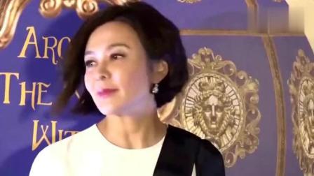 还记得在梅艳芳葬礼上微笑的那两个人么如今她们丑闻是无人不知