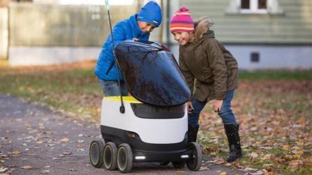 送货机器人上路测试, 配送距离3公里, 快递小哥怎么办?