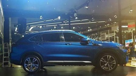 北汽幻速C60重庆车展首发, 外观神似兰博基尼, 售价仅10万!