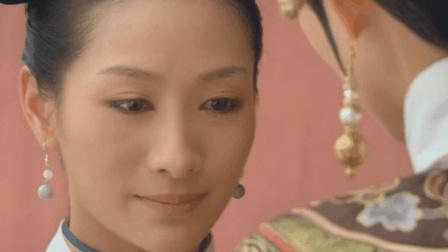 安陵容有孕皇上前来探望, 为何临走时却故意用手指划了下肚子?