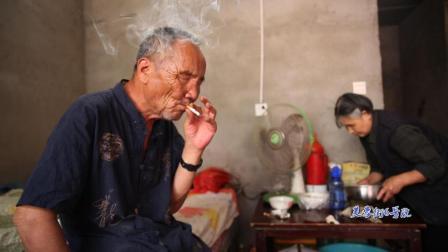 山东瞎腔大师郭永章已年过70岁, 演唱《罗成算卦》精彩依旧