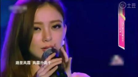 超级美女翻唱经典歌曲《倩女幽魂》, 勾起无数人的回忆_1