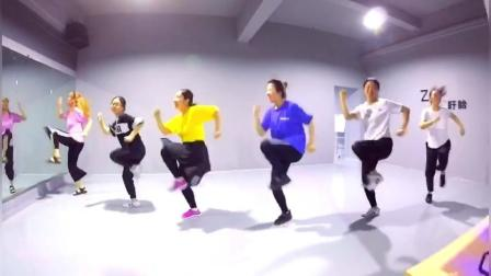 美拍视频: MAMA MIA#舞蹈#