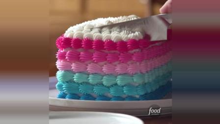 1分钟看快手美食达人做彩虹蛋糕, 里面还有迷你小人儿, 萌化了喂