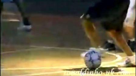 巴西明星足球杂耍比赛