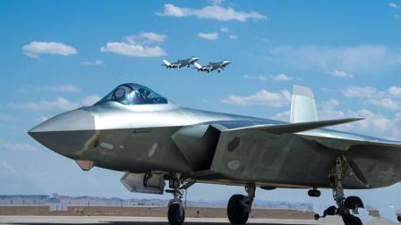 歼-20才是最完美五代机? 美国人已经来不及后悔: F-22存在致命缺陷
