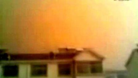 内蒙古阿拉善沙尘暴下午7点半,1分钟内天黑