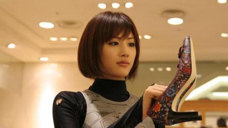 屌丝男20岁生日那天, 竟收到了未来的礼物, 一位多功能美女机器人!