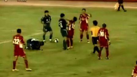 河南四五厦门蓝狮 双方球员场上起冲突