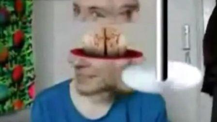 摄像头前的变脸男