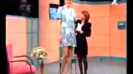 震撼 !!!史上最高的女明星Susi Garfasty