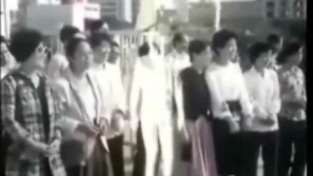 故事片《霹雳贝贝》插曲 拍手歌
