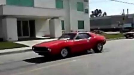 美式老款跑车VEDIO(音乐也不错)