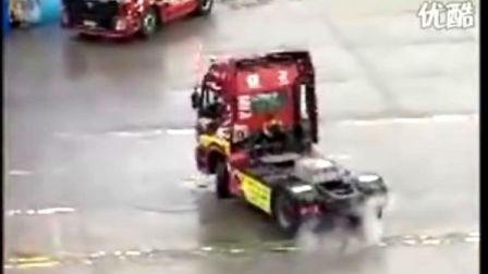 国内的卡车大赛视频