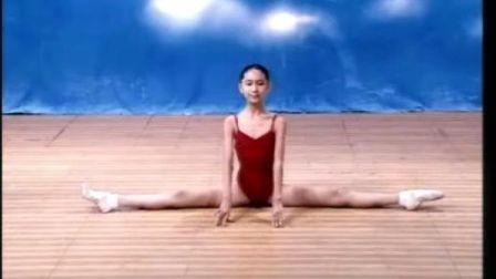 舞蹈基本功——压腿训练(小学适用)001