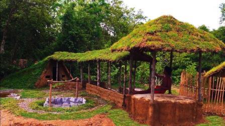 真人版我的世界 牛人野外建造庭院走廊直接连到小屋 太有才了