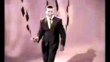 美国50周年庆典史上最牛单曲Chubby Checker 《Let's Twist Again》