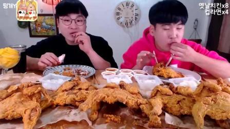 韩国大胃王胖哥Donkey, 哥俩吃10整只炸鸡, 炸的酥脆, 直接拿手抓, 吃的满嘴冒油, 真香啊!