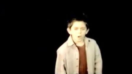 10岁的小男孩震惊全球