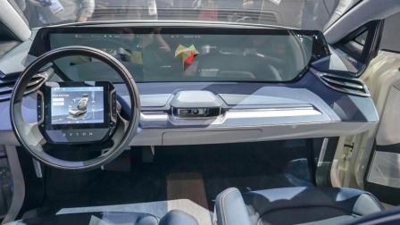 国产逆天了! 新款SUV上车刷脸, 一开车门才明白啥叫科技, 宝马都没辙