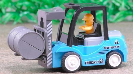 玩具拆拆乐: 叉车玩具工程车定格动画片大全组装玩具车视频