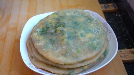韭菜盒子最好吃的做法, 筷子两搅, 双手一压, 饼皮超柔软, 太香了