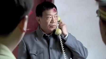 老头在菜市场买菜被城管打了, 一个电话就叫来了军区的警卫连!