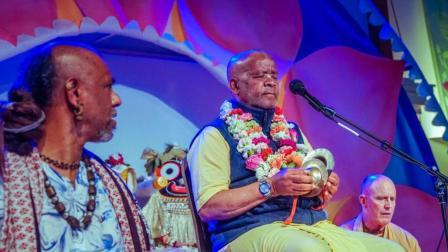 Agnideva, Saturday, Sadhu Sanga 2018-美国哈瑞奎师那唱颂联谊节