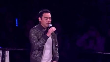 周慧敏唱这首歌唱到一半时, 竟被这个男人弄哭了, 原因让人泪奔
