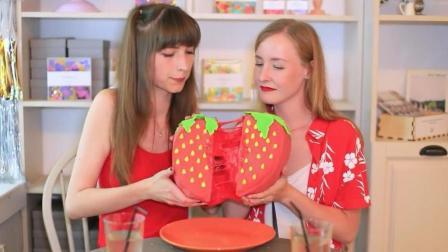 请闺蜜们吃蛋糕, 当她们知道这个蛋糕只能看不能吃, 会与我绝交吗?