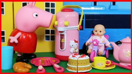 凯蒂猫 Hello Kitty 的热水壶厨房玩具