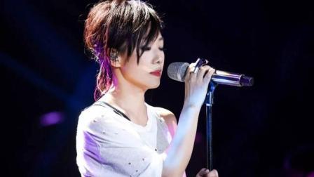 林忆莲一首《蓝莲花》多次作为歌曲被入选电影、电视剧, 堪称演唱教科书