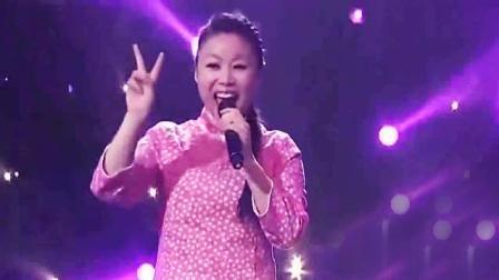 终于听到草帽姐这首最红的歌, 怪不得台下嘉宾变成云朵有实力歌手